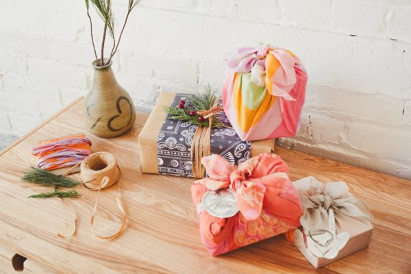Eco-friendly and sustainable Christmas gift wrapping ideas